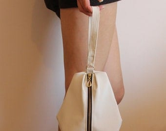 New York Clutch, White Handbag - Evening Clutch / Evening Bag - White Bag / Vegan Leather Clutch - Modern Clutch - Minimalist Bag