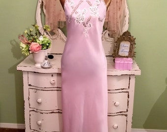 Long Pink Nightie, Satin & Lace Nightie, Elegant Nightgown, Small, Romantic Lingerie, Open Shoulder Nightdress, Pink and White Nightgown