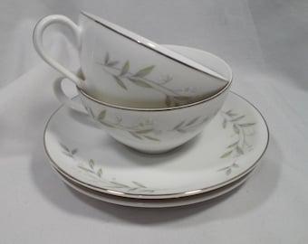 Tea Set ~ Vintage Mid Century 1950s St. Regis Fine China Tea Cups & Saucers ~ Tea for Two ~ 2 Cups, 2 Saucers