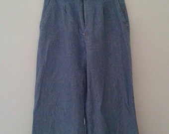 SALE /// Vintage 1970's High Waisted Wide Leg Jeans Chambray Trousers Chloe Style W 25