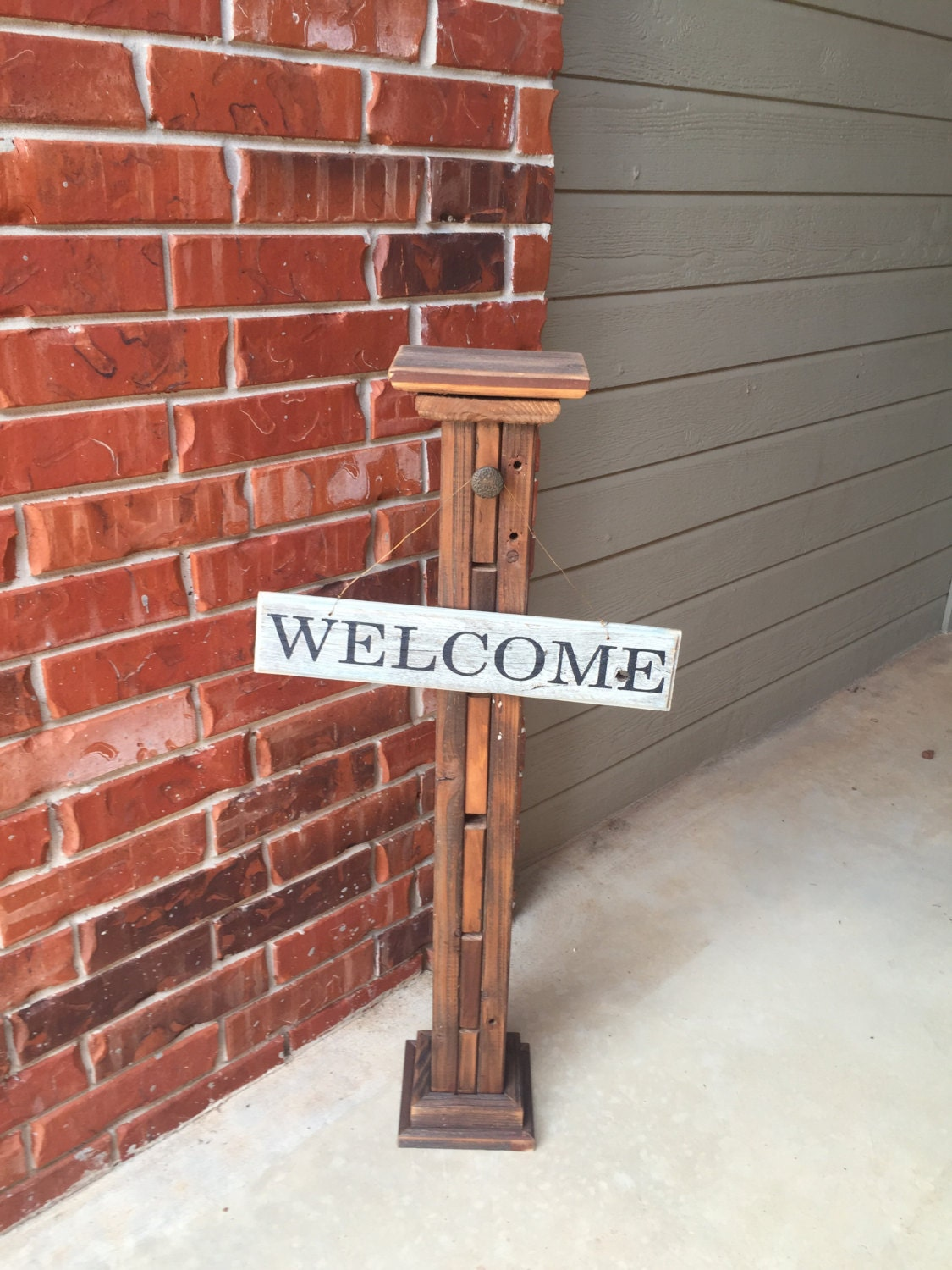 Front door post outdoor decorative sign post decorative for Outdoor decorative signs