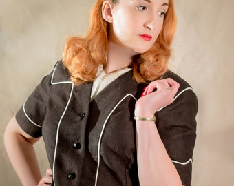 SALE - 1940s Secretary Cropped Jacket // Short Sleeve // Collarless // Black Linen  // size UK 14 - US 10
