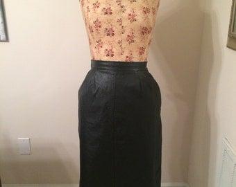 Vintage 1980s 1990s Black Leather Pencil Skirt Size 6 Knee Length Skirt Kick Pleat Slit Size Small Medium Retro Clothing