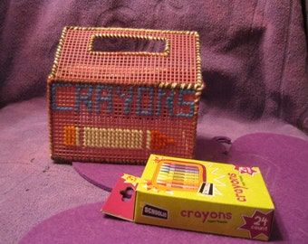 PLASTIC CANVAS CRAYON Box-Rose Pink