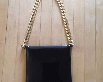 Vintage Purse Black Patent Leather Shoulder Bag with Heavy Gold Chain MOD