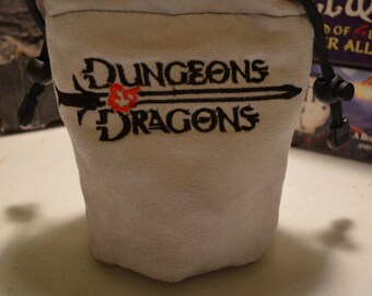 Dice Bag custom Embroidery Suede Light Gray Dungeons and Dragons Classic