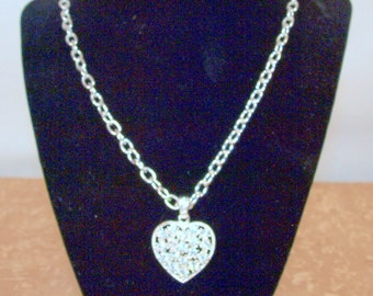 Heart necklace, vintage, 0.7 oz