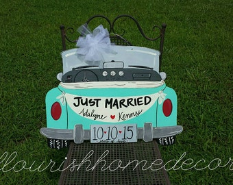 Just Married antique car door hanger, car with Just Married banner