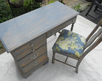 Desk Hand Painted; Shabby Chic; Distressed; Chalk Paint; Annie Sloan; Matching Chair