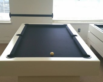 7ft Pool table with a black Onyx felt !
