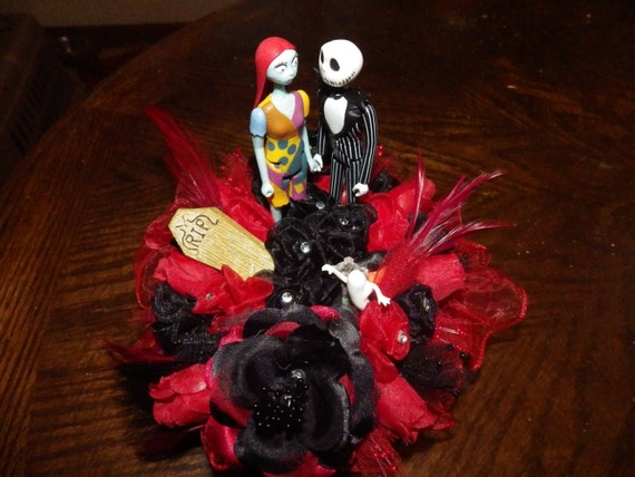 wedding cake toppers nightmare before christmas items similar to nightmare before wedding cake 26553
