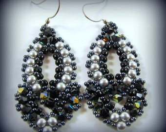 A Night on the Town Earrings - Gunmetal