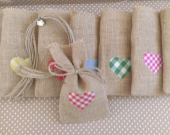 Burlap/hessian favour bags with gingham and plain fabric hearts