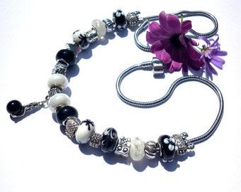 Bead Necklace black white Mermaid