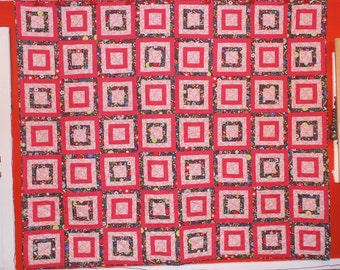"Queen Size Quilt - Walk Around The City - Pinks and Black 91"" x 106"""