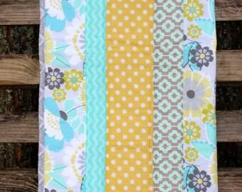 Aqua Flower Quilt