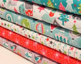 Christmas Themed Coordinated Fat Quarter Bundle - Quilting and Patchwork Fabric
