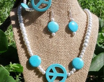 Peace Turquoise and pearl set