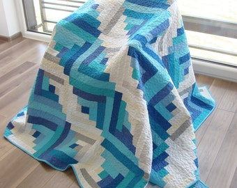 Throw Quilt / Custom Quilt /Modern Quilt / Homemade Quilt / Lap Quilt / Patchwork Quilt / Blue & Grey Quilt/ Log Cabin Quilt /Quilt for Sale