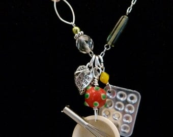 Baker's Delight Necklace
