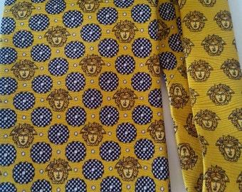 Vintage Gianni Versace tie tie.
