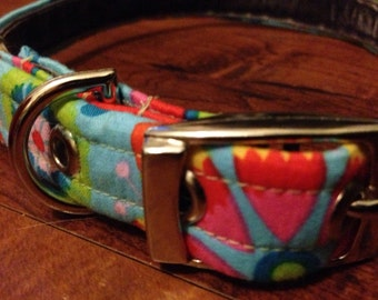 Dog collar in boho bright cotton fabric with nickel plated buckle