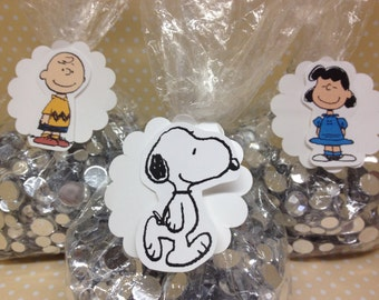 Peanuts, Charlie Brown, Snoopy Party or Favor Bags With Tags - Set of 10