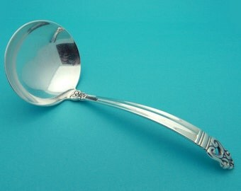 International Silver Co. Royal Danish Pattern Silver Serving Spoon Gravy Ladle 6 1/4 inches