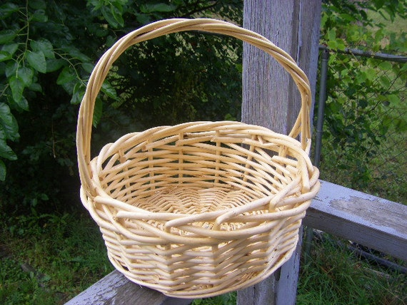 Natural Wicker Flower Girl Baskets : All natural wood wicker woven basket made in selma by