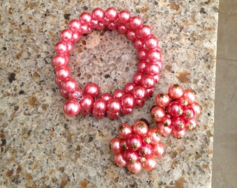 Pink, pearly and very girly cluster clip earrings and bracelet.