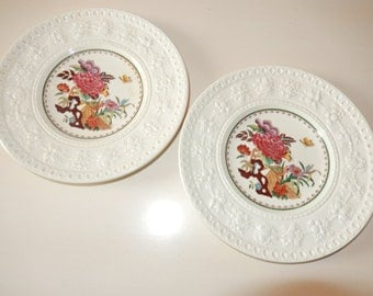 ENGLAND WELLESLEY WEDGWOOD Bullfinch Plates