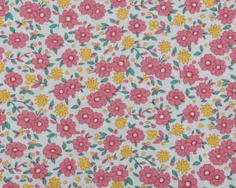 One Yard - Henry Glass - Posies from the 30's by Bev Proulx - Pink Flowers