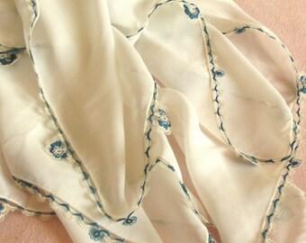 Turkish OYA Lace - Flower scarf - White