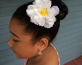 White Flower Hair Clip - Flower Girl Hair Clip - White Floral Hair Accessory - Holiday Gift Ideas for Girls - MKIDF06