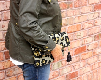 Textured Leopard Print Foldover Clutch