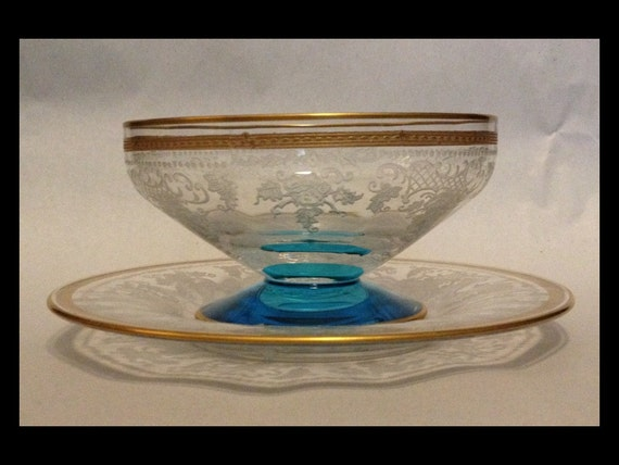 FREE SHIPPING-Rare-Elegant-Vintage-1920's-Fostoria Glass Co-Delphian-Etched-Duchess-Gold-Trim-Etched-Crystal-Footed-Dessert-Bowl-Under Plate