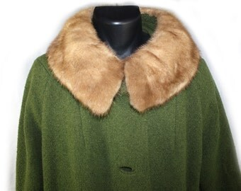 Vintage Womens Coat Green 1960s Di Vinci California Couture Coat with Fur Collar Size Medium