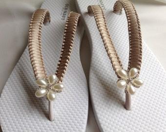 Toffee Bridal Flip Flops Bridesmaid Flip Flop, Bridal Sandals, Beach Wedding Sandals, Wedding Flip Flops Bridal Sandals Pearl Flip Flop