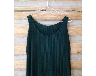 Evergreen Sleeveless Top with Accordion Pleats