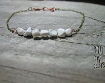 Howlite Bracelet, Stacking Bracelet, Copper Chain Bracelet, Energy Stone Bracelet, Boho Chic, Selflessness, Calming, Soothing, White Jewelry