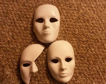Commision a custom mask (message me before perchase for price adjustments)