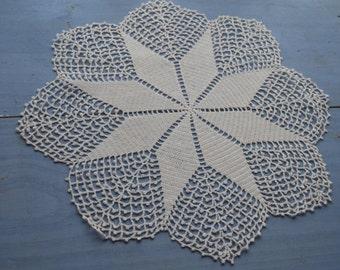 Vintage Crochet Round  Doily  Crochet Round Dresser doily Crochet Star Doily White