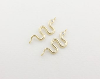 P0035/Anti-Tarnished Matt Gold plating over Brass/Cz eye snake connector/23x8mm/2pcs