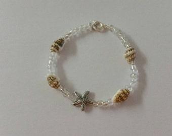 Starfish beaded bracelet- Shell beaded beachy bracelet