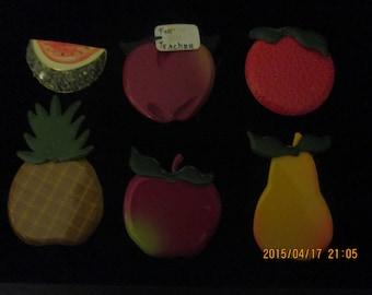 Vintage Fruit Pins - 1 lot of 6 Pins