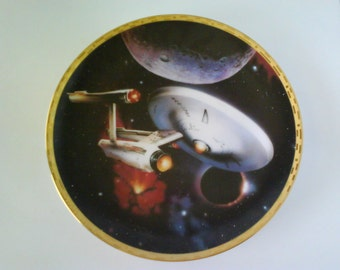 Star Trek The Voyagers Collectible Plate