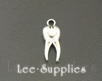 30pcs Antique Silver Alloy Tooth Charms Pendant A770