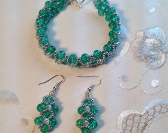 Green Hugs & Kisses Bracelet and Earrings Set, Beaded Bracelet set