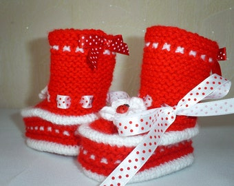 knitted baby booties - hand knitted baby shoes - hand knitted baby slippers- baby knit booties