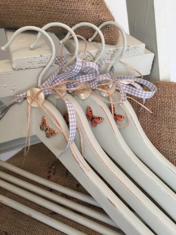 SALE Wedding Hangers - SET 4 x Painted Pastel Green / Bridesmaids Hangers / Decorative Display Hangers / Bridal Hangers / Bridesmaids Gift